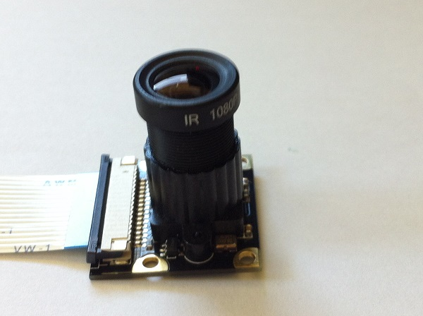 Infrared camera for mole detecting device