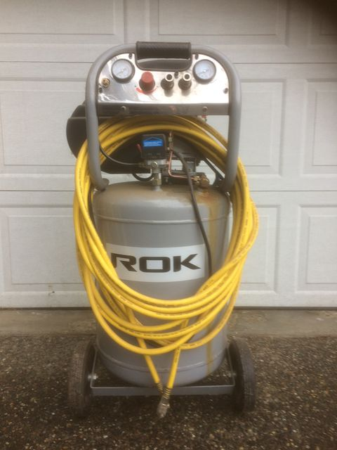 Handyman air compressor in Hope, BC