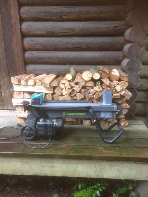 Handyman log splitter for firewood in Hope, BC