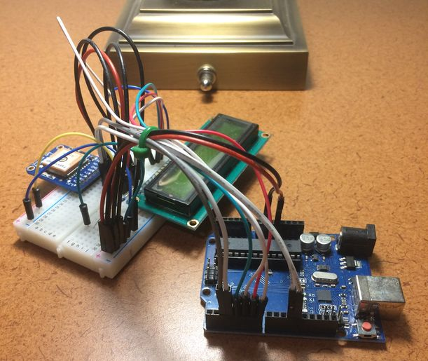 Remote tutoring for Arduino gadget programming